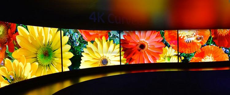 La TV del futuro: schermi curvi, OLED, olografia